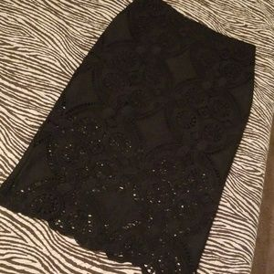 LACED PENCIL SKIRT